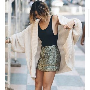 Urban Outfitters - Jessie Oversized Cardigan